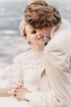 Bridal Editorial 'Last Forever' produced by @tvisualpartners     #BridalEditorial #Brides #Inspiration #Weddingideas #sea #weddingdress #longsleevedweddingdress #weddingphoto