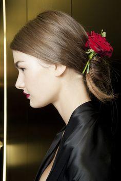 Le défilé Dolce & Gabbana printemps-été 2015 côté beauté http://www.vogue.fr/beaute/en-coulisses/diaporama/fw2015-le-defile-dolce-gabbana-printemps-ete-2015-cote-beaute/20427/image/1082810#!8
