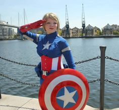 Cool Cosplay: Captain America, Poison Ivy, And More!