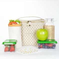 Pack lunches in style this school year with Kate Spade lunch box and glitter…