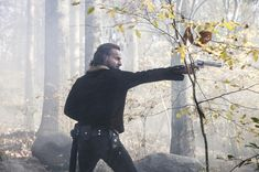 Walking Dead: See first 2 minutes of mid-season premiere - The ...