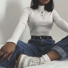 Over 10 inspiring boyfriend jeans outfits for fashion girls for everyday 6 . - Over 10 inspiring boyfriend jeans outfits for fashion girls for everyday 69 - Aesthetic Fashion, Aesthetic Clothes, Look Fashion, 90s Fashion, Aesthetic Style, Aesthetic Outfit, Fashion Trends, Fashion Beauty, Vintage Fashion Style