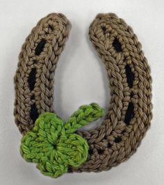 Gratisanleitung für ein gehäkeltes Hufeisen, einfache Häkelanleitung kostenlose / free crocheting pattern for a lucky horseshoe via lanagrossa.de