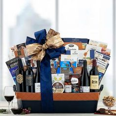 Wine Gift Baskets - California Wine Deluxe Collection Wine Gift Baskets, California Wine, Sauvignon Blanc, Pinot Noir, Wine Gifts, Classic Collection, Corporate Gifts, Wines, Tasty
