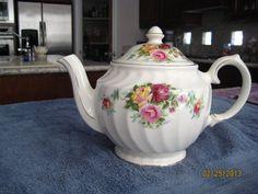 Sadler Teapot - Vintage English  - Made in England  Floral 4551
