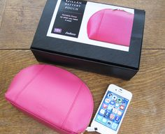 We Were Raised By Wolves: My New Handbag Essential: The Gillan Battery Pouch (Classic Magenta) review