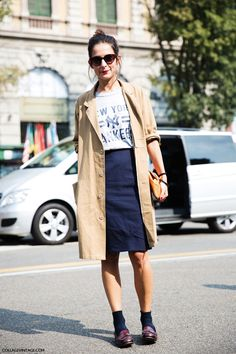 street style via collage vintage Casual Weekend Outfit, Casual Work Outfits, Work Casual, Chic Outfits, Casual Chic, Daily Fashion, Women's Fashion, Street Style Women, Clothes For Women