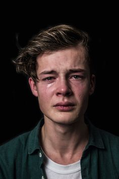 """What Real Men Cry Like"" - photos serie by Maud Fernhout"