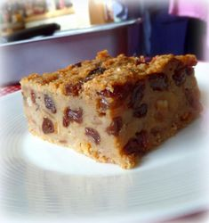 Old Time Bread Pudding is part of English bread pudding Sorry I haven& been around for a couple of days I have had the mother of all colds and it was so bad that I ended up in bed - Pudding Recipes, Bread Recipes, Baking Recipes, Cake Recipes, Dessert Recipes, Porridge Recipes, Instant Pudding, Mango Pudding, Bread And Butter Pudding