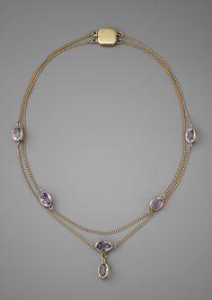TIME FOR ELEGANCE Bezel-Set Amethyst Necklace