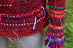 Handmade icelandic style sweater by TASSSHA on Etsy, (www.etsy.com)