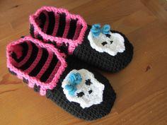 (4) Name: 'Crocheting : Crochet Monster High Slippers