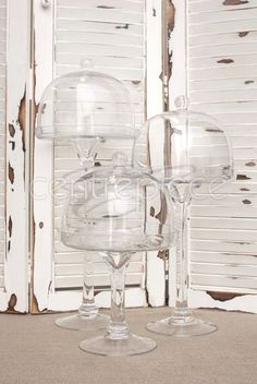 Cake Stands Glass with Lid - Various Sizes