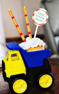 2nd Birthday Party - love this idea for the boys cake they can eat