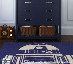 R2-D2 rug - the boys would love this!