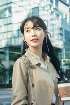 IU - Sony Korea New CF 2017