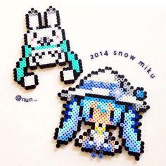 『【アイロンビーズ】2014年雪ミクさんとエゾユキウサギさんをつくったよ!』