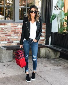 36 Attractive Sneakers Outfit Ideas For Fall And Winter outfits 2019 Black Sneakers Outfit, Tennis Shoes Outfit, Wedge Shoes Outfits, Black Wedges Outfit, Black Booties Outfit, Black Leather Jacket Outfit, Sneakers Style, Shoes Sneakers, Style Clothes
