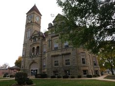 Grundy County Courthouse in Iowa.