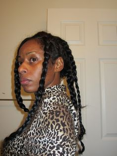 How to do dookie braids with pictures, definitions and tutorials. Different Dookie Braids hairstyles crochet, updo and in a bob with inspiration. Dookie Braids, Long Braids, Black Braids, 90s Hairstyles, Braided Hairstyles Tutorials, Curled Hairstyles, Hairstyles Pictures, Braid Game, Chin Length Bob