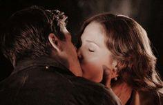 Jack and Elizabeth kiss. When calls the heart. Season 2 finale. Finally!!!