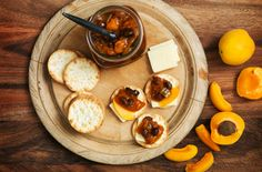 Discover our 3 recipes to create these delicious, zesty Chutney condiments.