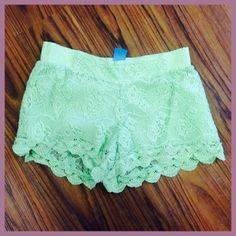 Mint green, lace shorts<3