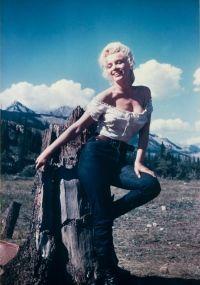 Imagens raras de Marilyn Monroe tiradas por um amigo maquiador vieram à luz.