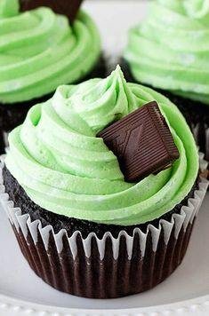 Mint Chocolate Cupcakes by Handle the Heat