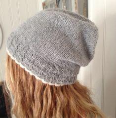 Hei:)) Her kommer oppskriften på lue :))) Hvis noen legger ut bilde vil jeg bli glad hvis en link... Knitted Hats, Knit Crochet, Diy And Crafts, Winter Hats, Knitting, Fashion, Caps Hats, Tricot, Knitting And Crocheting