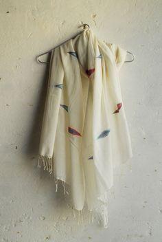 Indian Bengali handwoven cotton scarf with Jamdani motif