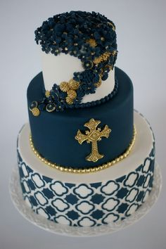 Christening / Baptism - Baptism Cake for a close friend's son! Covering the navy tier was a bit of a headache to avoid elephant skin, but in the end, it worked out! Pretty Cakes, Beautiful Cakes, Comunion Cakes, Boy Communion Cake, Confirmation Cakes, Christening Cakes, Religious Cakes, Fancy Cupcakes, Crazy Cakes