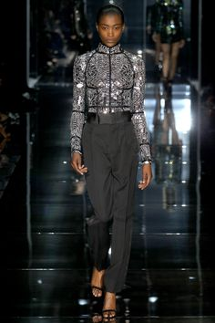 LE DÉFILÉ TOM FORD PRINTEMPS-ÉTÉ 2014 – FASHION WEEK OF LONDON http://fashionblogofmedoki.blogspot.be
