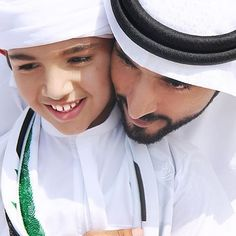 الشيخ حمدان بن محمد بن راشد ال مكتوم  ولي عهد دبي ❤️ . Sheikh Hamdan bin mohammed bin rashid al maktoum Crown Prince Of Dubai ❤️ . #UAE #Dubai #almaktoum_alsaud