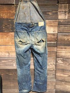 Vintage Jeans, Vintage Outfits, Vintage Clothing, Recycled Denim, Levi Strauss, Denim Fashion, Work Wear, Two By Two, Overalls