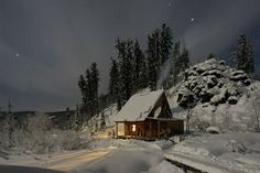 Forest lodge in Siberia. Just lock me in here with Viggo Mortensen until spring. Or summer. Whichever.