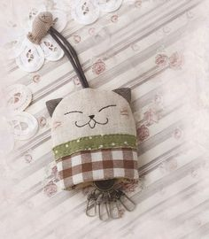 Japanese Cat key holder purse for gift fabric keychain key chain patchwork applique sewing fabric cotton