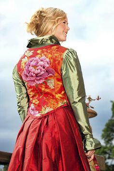 Summer Dress Outfits, Fall Dresses, European Dress, Cute Casual Dresses, Different Dresses, Color Shapes, Folk Costume, Diy Dress, Folklore