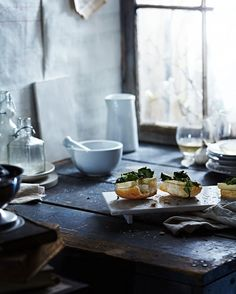 "{Guest post} Bruschetta con tofu e verdure all'aglio, by @vanessa |  v.k.rees photography "" V.K.Rees Photography "" - {Guest post} Open-faced Tofu & Garlicky Greens by Vanessa K.Rees "" V.K.Rees Photography "" with English version"