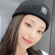 Girl Group, My Girl, Knitted Hats, Beanie, Kpop, Knitting, People, Hair, Color