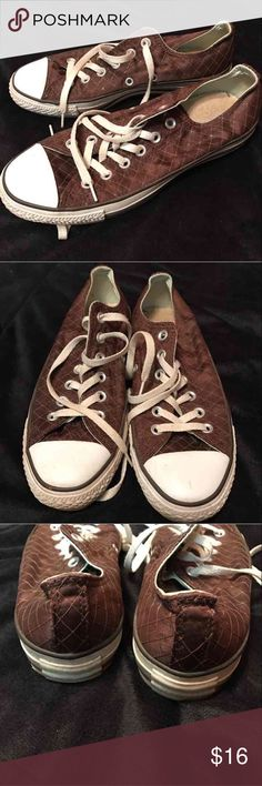Converse All Stars Women's 7.5  Great condition  Brown patterned Converse Shoes Sneakers