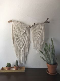 Macrame Wall Hanging | Size EXTRA Large by SageandIvoryCo on Etsy https://www.etsy.com/listing/514339151/macrame-wall-hanging-size-extra-large