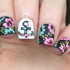 Lovely flower nails