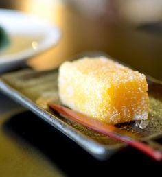 九州最古のお菓子処「平戸蔦屋」の「カスドース」 -『服部幸應のお取り寄せ』