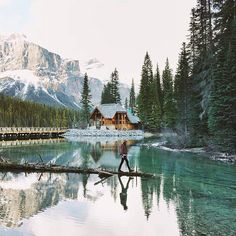 Emerald Lake Lodge, Yoho National Park.   (Photo: @wildrecollection via Instagram)  #explorebc #explorecanada