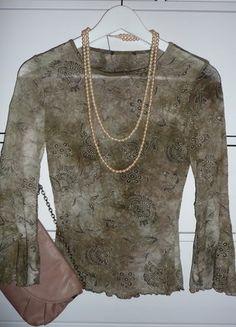 Kupuj mé předměty na #vinted http://www.vinted.cz/damske-obleceni/s-three-fourths-rukavem/15308014-luxusni-elegantni-top-s-ornamenty