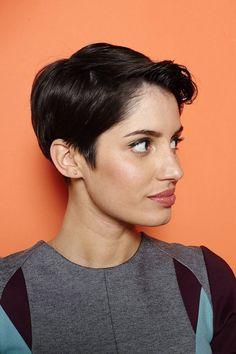 """coupe de cheveux courte femme - osez la coupe Pixie à frange """" aileron de requin"""""""