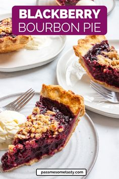 A heavenly blackberry pie made with a homemade pie crust that is flaky and golden. Infused with bourbon and topped with a brown sugar streusel topping. Make this blackberry pie recipe with fresh or frozen berries. It's THE PERFECT PIE for any holiday or summer gathering! #blackberrypie #pie #blackberry #pierecipes #pastry #pastryrecipes #glutenfreerecipes #piecrust Gluten Free Pastry, Gluten Free Pie, Gluten Free Sweets, Gluten Free Baking, Pastry Recipes, Tart Recipes, Brownie Recipes, Baking Recipes, All You Need Is