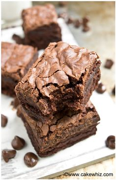 Learn the tips and tricks for making the best fudgy brownies with crackly tops. These rich & dense brownies have a shiny crispy top that's worth the effort! *yummy, just needs a rising agent - Britt* Decadent Brownie Recipe, Best Brownie Recipe, Brownie Cake, Brownie Recipes, Cake Recipes, Dessert Recipes, Bakery Brownies Recipe, Vegan Brownie, Crack Brownies