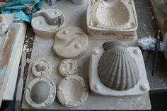 Ceramic Clay, Porcelain Ceramics, Stone Carving Tools, Plaster Molds, Clay Studio, Pottery Tools, Pottery Techniques, Ceramic Materials, Cardboard Crafts